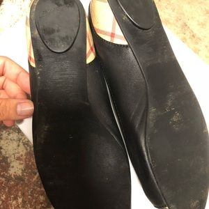 Burberry flat shoes.